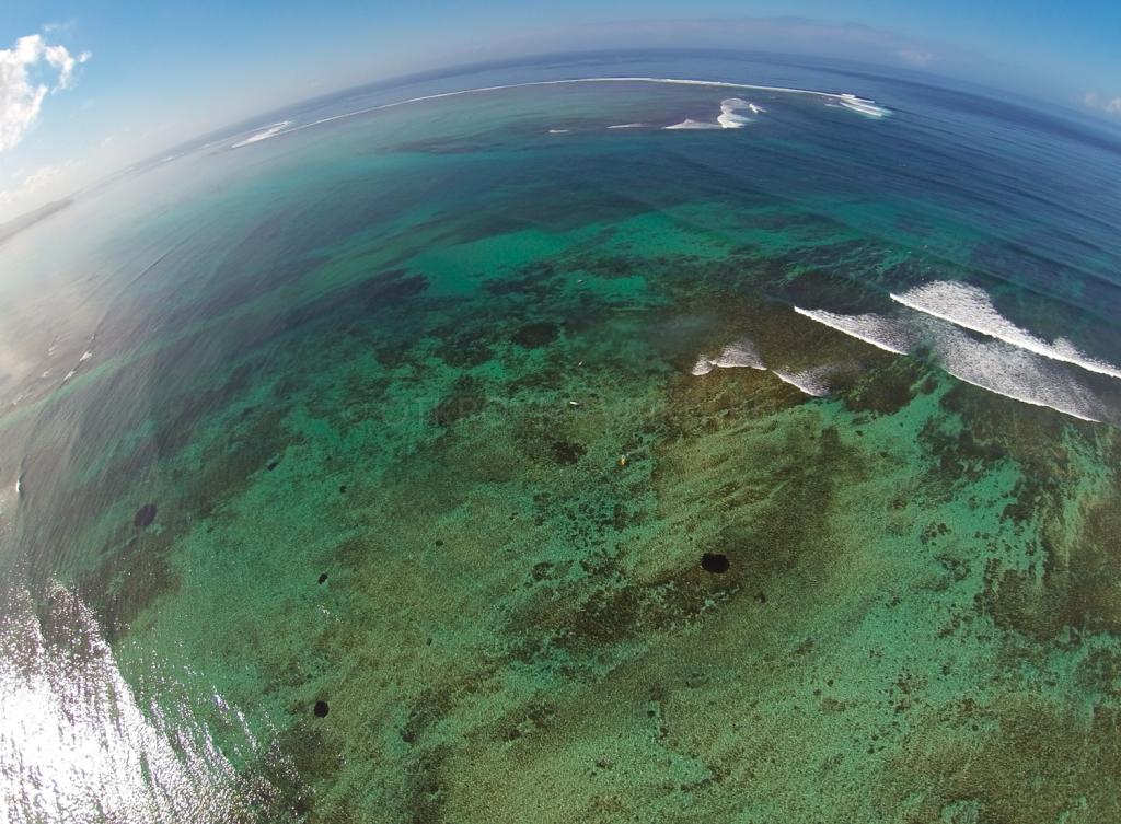 Ле Морне. Тут в основном происходит серфинг на Маврикий и обучение