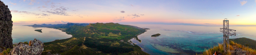 Закат на горе Ле Морн - Маврикий