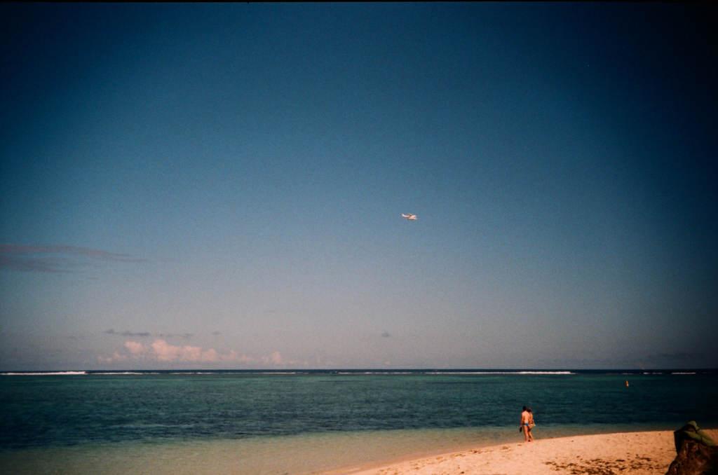Гидроплан над лагуной Леморне на острове Маврикий