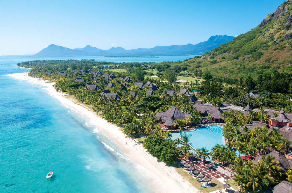 Dinarobin Beachcomber Golf Resort & Spa шикарный отель 5 звезд в Ле Морн